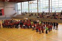 L'Alpicat presenta els 15 equips davant de l'afició