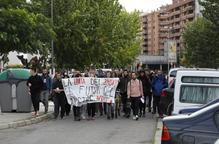 Estudiants demanen una avaluació única per seguir amb les protestes