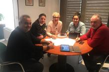 Alcaldes de JxCat i ERC treballen el dia de la Constitució
