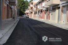 Mequinensa enllesteix les obres de pavimentació en tres carrers del centre