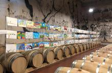 El celler Mas Blanch i Jové llueix més de 400 pintures infantils