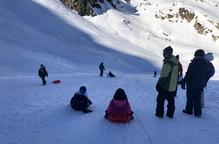 Milers de visitants reben el nou any en cases rurals i pistes d'esquí del Pirineu