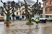Més municipis desinfecten carrers i equipaments