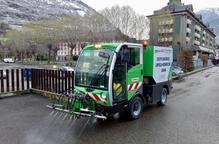 Vielha lloga una màquina per desinfectar carrers