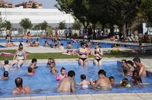 A licitació els socorristes de 7 piscines municipals