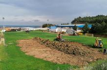 L'Alcoletge avança les obres per col·locar gespa artificial