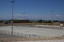 Vilagrassa treu la construcció de la seua primera piscina a licitació