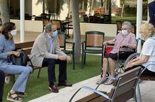 Més autonomia perquè usuaris de residències visitin les seues famílies