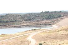 Proven la presa de l'Albagés alleujant aigua i podrà donar cabal per regar a finals d'any