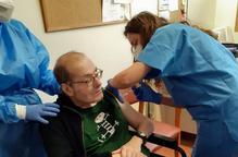 Salut no farà més proves prèvies a les infermeres que injecten dosis