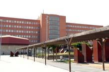 L'edifici de l'hospital Arnau de Vilanova de Lleida / Segre