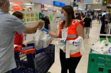 """Creu Roja Lleida recapta 1.500 Kg d'aliments amb la campanya """"Quilos de Solidaritat Carrefour"""""""