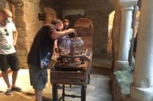 Tombs Creatius, activitats, mesures prevenció. Arxiu