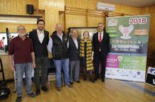Autoritats, patrocinador i organitzadors ahir durant la presentació del torneig. / MAGDALENA ALTISENT