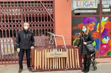Oncolliga Lleida fa donació de material sanitari per a l'Hotel Nastasi