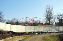 ⏯️ Ipcena denúncia l'esporgada d'arbres amb nius de cigonyes al Centre de Vallcalent