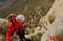 Rescaten un escalador ferit a Mont-rebei
