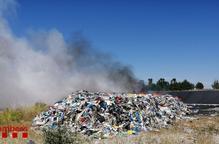 Incendi deixalleria Castellnou de Seana