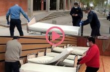 ⏯️#VÍDEO | Traslladen 45 llits d'hospital al Pavelló Onze de Setembre de Lleida