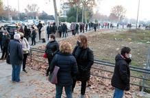 ⏯️ Llarga cua a Lleida per participar en el cribratge amb test ràpid de covid-19