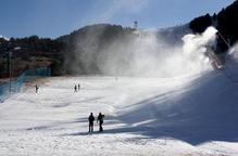 Les estacions d'esquí acorden amb el Govern la data d'obertura