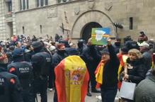 Manifestació concentració Vox Paeria antifeixistes independentistes