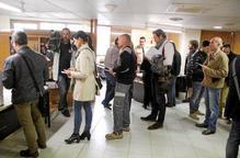 Centenars de persones continuen votant pel 9N a la delegació del Govern a Lleida