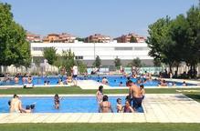 Més de 1.600 lleidatans i lleidatanes inauguren la temporada de bany a les piscines municipals