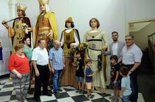 Els Gegants de Lleida ja llueixen els fanalets de Sant Jaume