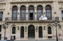 La Paeria retira fins al dia de les eleccions la pancarta de suport als presos i exiliats
