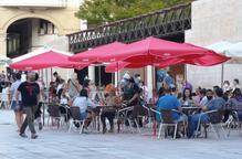 ⏯️ Salut proposa reduir de deu a sis el nombre màxim de persones en reunions socials