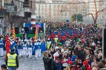 La gresca i la xerinola s'apoderen de la Gran Rua de Carnaval de Lleida