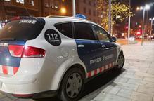 Detingut per robar en un centre mèdic de Lleida i també en tres vehicles