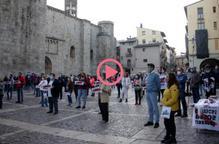 ⏯️ Un centenar de persones es concentra a la Seu d'Urgell en rebuig a la inhabilitació de Torra