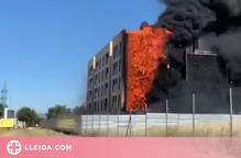 ⏯️ Espectacular incendi en un edifici de Lleida