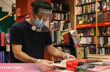El sector del llibre tanca el primer any de pandèmia amb més lectors però menys vendes