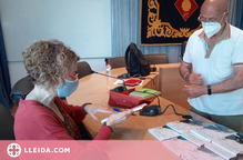 Rosselló presenta el llibre d'Antonieta Jarne 'Carrer Galera, 5'