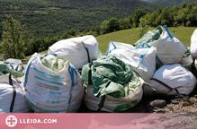 ⏯️ Els ramaders reclamen materials més sostenibles per embolicar les bales d'herba