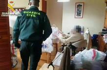 La Guàrdia Civil entrega medicaments als més necessitats