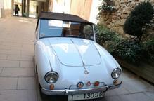 Un petit cotxe històric
