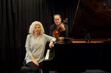 El violí i el piano recorden la seva joventut