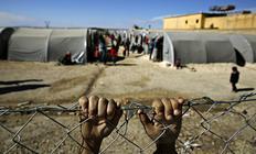 Un jove de Kobane (Síria) refugiat a la frontera turca