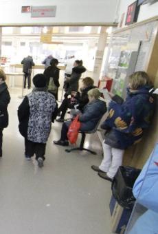 Pujada del copagament de medicines a jubilats que guanyen més de 30.000 €