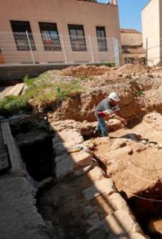 Al descobert restes de cases del segle XVII a l'antic call