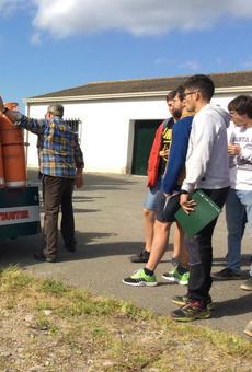 Més de 70 estudiants en l'exhibició de la màquina antigelades a Alfarràs