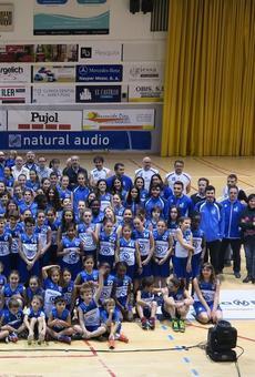 El CB Mollerussa presenta els catorze equips federats, amb més noies que nois