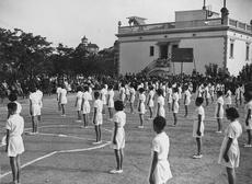 Festival del grupo infantil La Farigola en la inauguración del campo de deportes (28/06/1936)