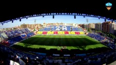 Mosaic al Camp d'Esports. Foto Lleida Esportiu