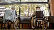 Més respecte per la dignitat dels vells