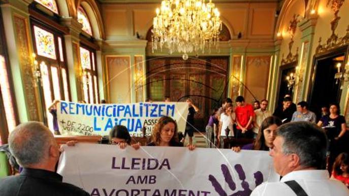 La Paeria rebutja un referèndum de monarquia o república però dóna suport al dret a decidir